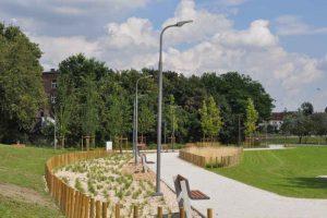 rekultywować tereny i rozwijać zieleń miejską