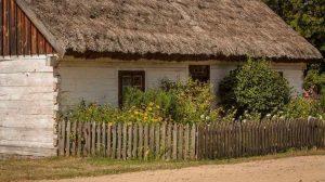 Zabudowania gospodarstwa ekoturystycznego jako element czynnej ochrony przyrody