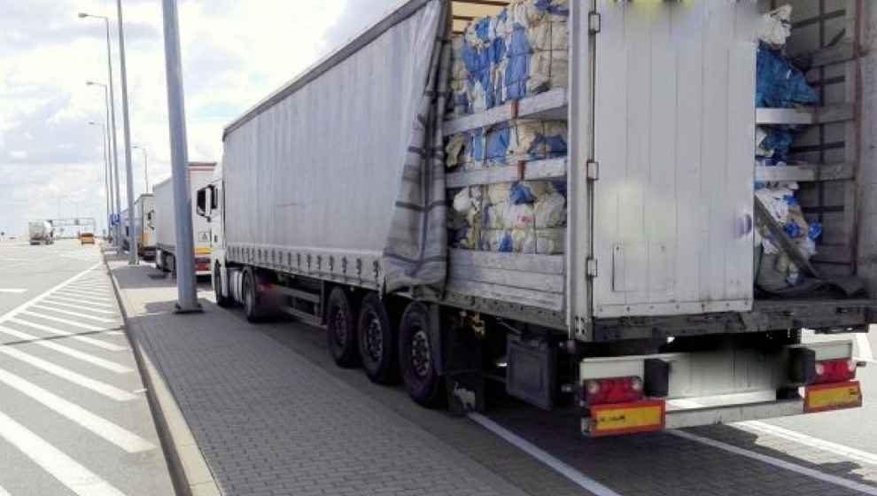 Nielegalne transporty odpadów