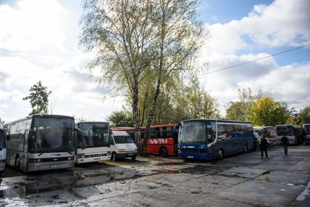 stacja demontażu autobusów