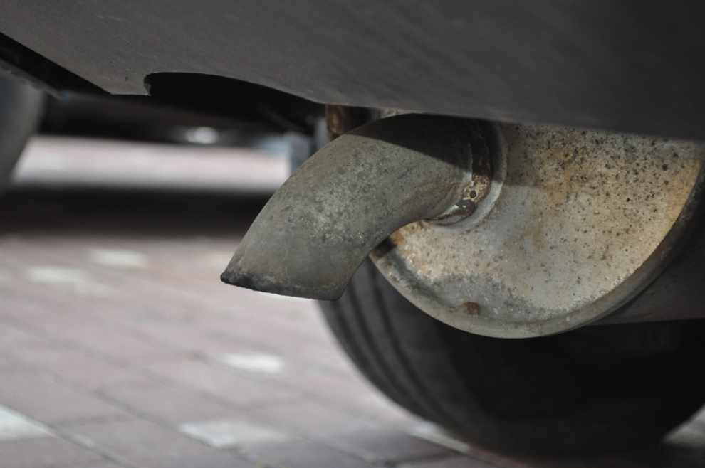 Emisja z samochodów