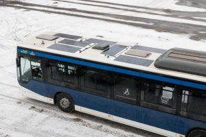 Autobusy z panelami słonecznymi