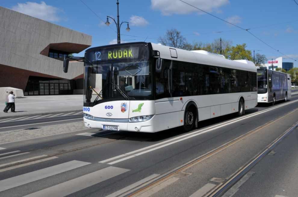 Hybrydowe autobusy w Toruniu