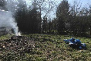 podrzucanie i spalanie odpadów