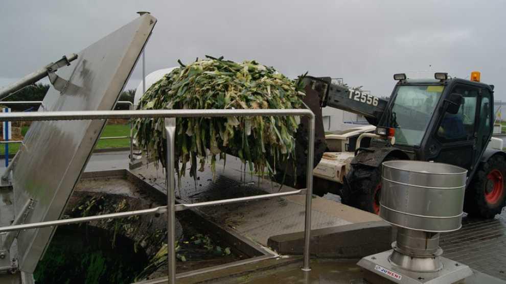 Oczyszczalnia ścieków w Swarzewie posiada wygodne i zhermetyzowane dwa punkty przyjęcia odpadów.