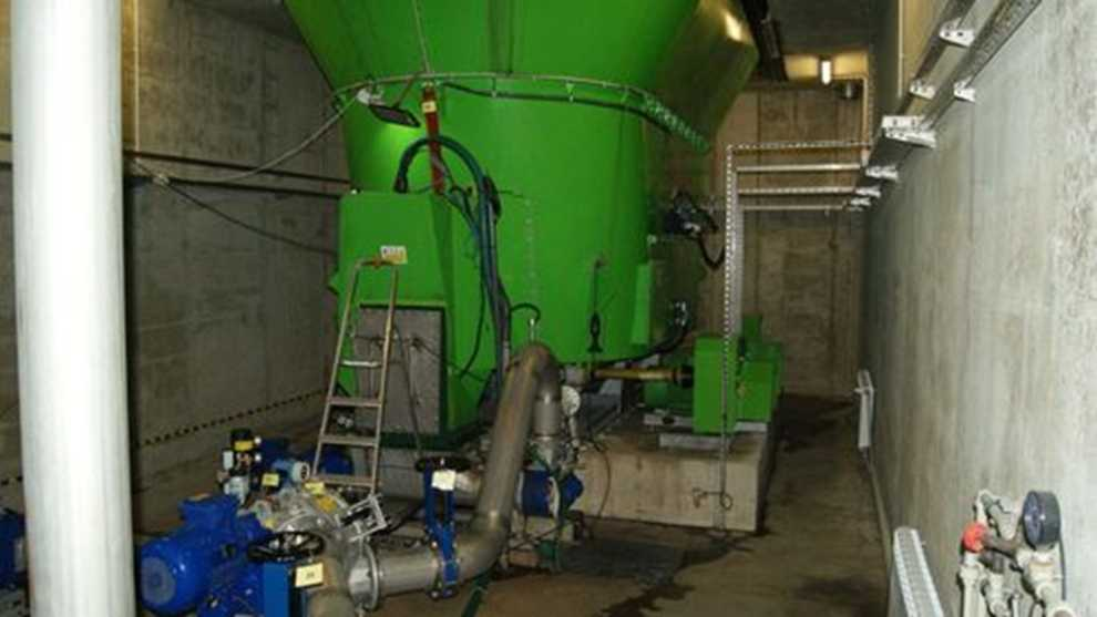 Rozcieńczanie, maceracja i pompowanie do zbiorników pośrednich przed zamkniętymi komorami fermentacyjnymi