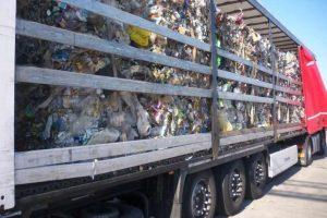 Zatrzymano blisko 1500 ton odpadów