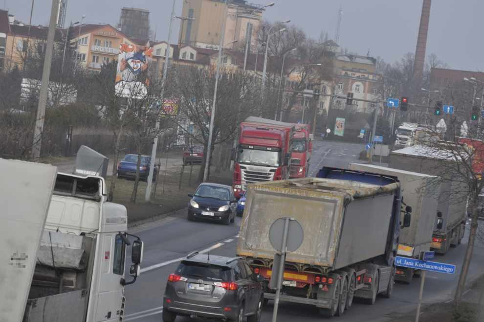 Emisje z transportu ciężarowego