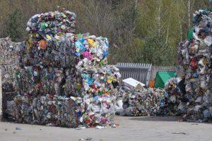 palące problemy gospodarki odpadami