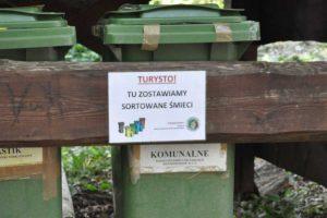 Ekoedukacja i turystyka na obszarach cennych przyrodniczo