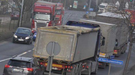 Emisje z ciężarówek i autobusów