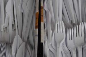 oczyszczenia środowiska z odpadów plastikowych