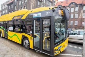 Pierwszy autobus elektryczny