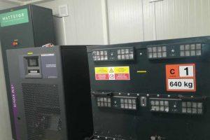 Magazyn energii współpracujący ze stacją ładowania
