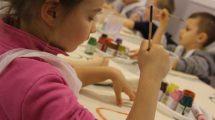 przedszkolaki zrywają z plastikiem