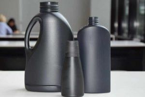 Opakowania z czarnego plastiku
