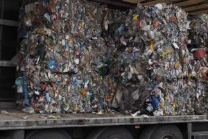 Nielegalny transgraniczny przewóz odpadów