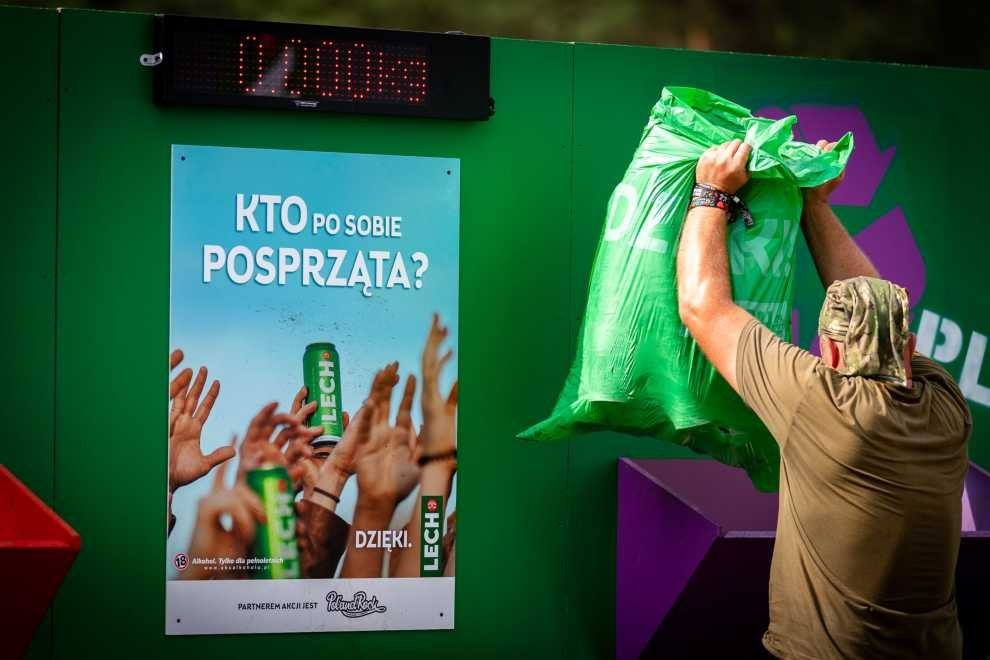 3 tony odpadów do recyklingu