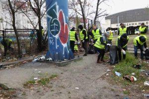 Wolontariusze sprzątali Warszawę
