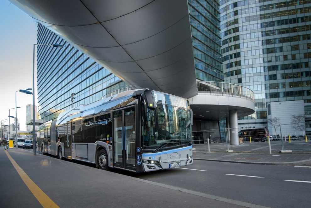 37 proekologicznych autobusów przegubowych