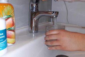 Koronawirus a woda z wodociągu