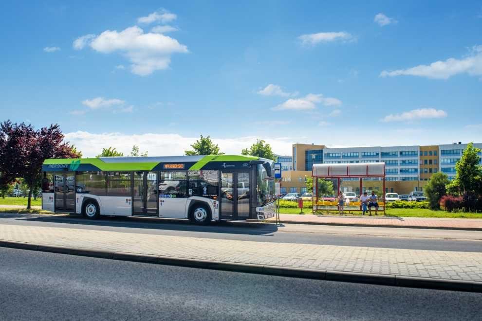 20 autobusów hybrydowych