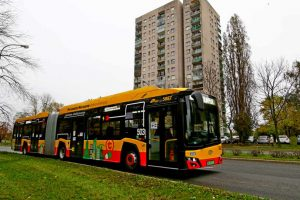 100 autobusów elektrycznych
