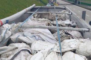 prowadzono kontrolę transgranicznego przemieszczania odpadów