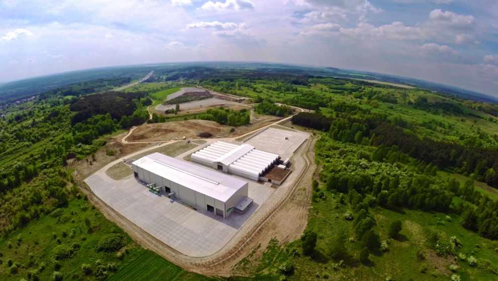 ENERIS zagospodarowuje odpady w naszych sortowniach, nowoczesnych instalacjach mechaniczno-biologicznego przetwarzania (MBP), w spalarni odpadów niebezpiecznych czy na składowiskach