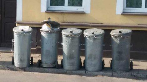 """Sesja poświęcona uchwale """"śmieciowej"""""""