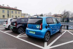 Trzy auta elektryczne
